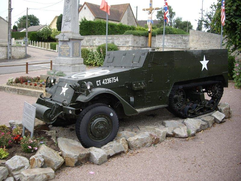 M16A1 Half-Track Tournai-sur-Dives 4.JPG