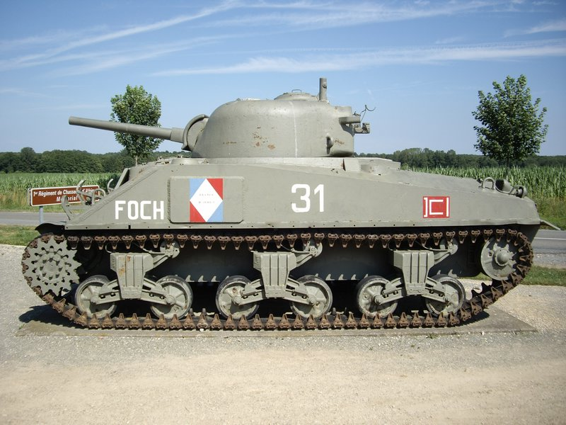Sherman M4A4 Cyber-hobby 1/35  fini!!!!!!! - Page 7 M4A4T%20Sherman%20Chavanne%201