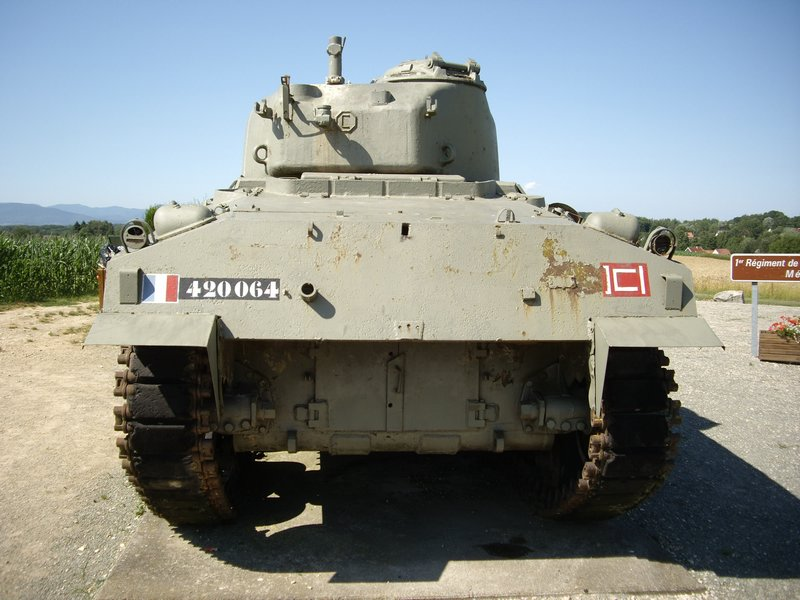 Sherman M4A4 Cyber-hobby 1/35  fini!!!!!!! - Page 7 M4A4T%20Sherman%20Chavanne%207