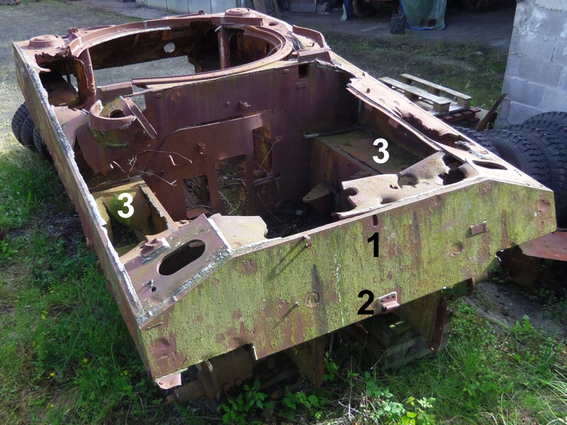 M4A4T hull