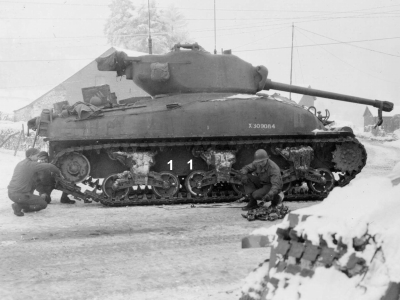 Large hatch M4A1 Shermans